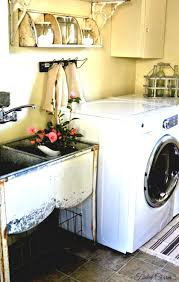 Country Laundry Room Decor by Laundry Room Awwhome Com