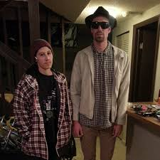 Easy Couple Halloween Costumes 33 Last Minute Couples Costumes You Can Pull Off In A Pinch