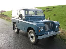 blue land rover panels running in conjunction with paintman paint