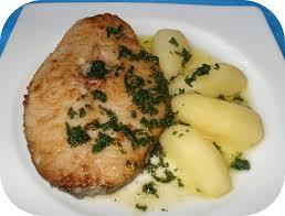 cuisiner le dos de cabillaud à la poele darne de cabillaud au beurre persillé