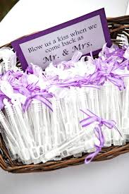 wedding guest gift ideas cheap wedding favors diy cheap cheap wedding favors your guests will