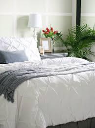 Softest Comforter Ever Best 25 Fluffy White Bedding Ideas On Pinterest Fluffy