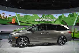 all new 2018 honda odyssey debuts in detroit carnewscafe com