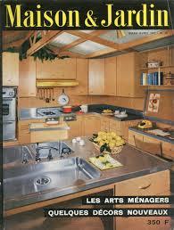 cuisine avec presqu ile cuisine avec plan de travail en presqu ile et un plan mobile monté