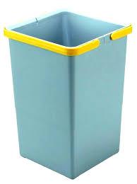 poubelle cuisine jaune poubelle cuisine curver poubelle plastique cuisine poubelle de