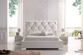 beautiful relaxing colors for bedrooms with white paint walls also