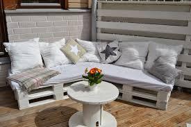 sofa paletten 60 wohnideen mit europaletten palettenmöbel selber bauen