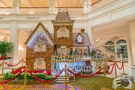 When Is Disney Decorated For Christmas Christmas In The Disney World Hotels The Best Disney World