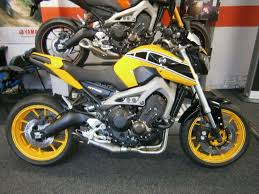 kenny motocross gear kenny roberts mt 09 yamaha mt 09 pinterest motorbikes and yamaha