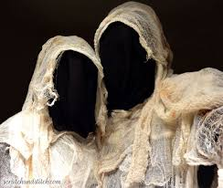 Ghost Halloween Costume 39 Freaky Halloween Costume Inspiration Images
