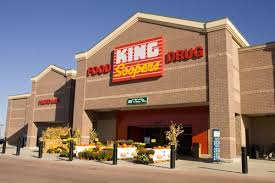is king soopers open on decore