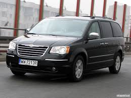 chrysler voyager review and photos