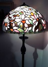 Louis Comfort Tiffany Lamp Tiffany Lamps Stained Glass Lamps Tiffany Style Lamps Crafty