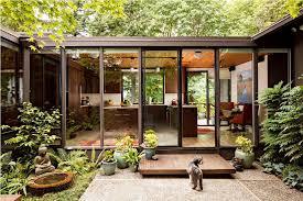 mid century modern home interiors mid century modern homes decor riothorseroyale homes