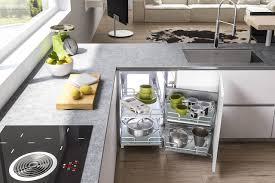 Divisori Cassetti Cucina by Dentro Al Cassetto Nuove Attrezzature Per Lo Storage Ambiente