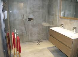 Le béton ciré dans la maison moderne Salle de bain