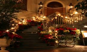 Outdoor Christmas Decorating Services by Modern Decoration Professional Christmas Decorators Decorating