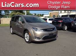 lia chrysler jeep dodge ram 2017 chrysler pacifica touring l northton ma springfield