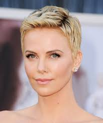pixie cut to disguise thinning hair michelle williams red carpet worthy pixie cut 19 gorgeous pixie