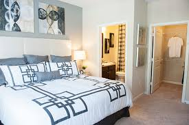 1 bedroom apartments raleigh nc sterling towncenter apartments rentals raleigh nc apartments com
