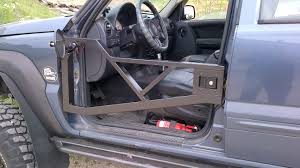 2002 maroon jeep liberty liberty chameleon doors