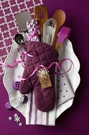 kitchen present ideas 10 gorgeous diy gift basket ideas