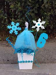 Centerpieces Birthday Tables Ideas by Best 25 Frozen Birthday Centerpieces Ideas On Pinterest Frozen