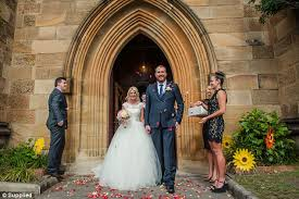 wedding arches gumtree saves thousands by buying wedding decor on gumtree daily