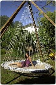 Suspended Bed by Outdoor Hanging Bed Diy Trampoline I Wanna Sleep On This Diy