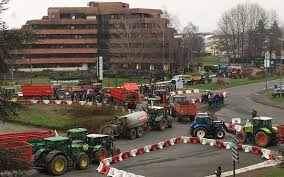 chambre d agriculture 08 agriculteurs en colère retour sur une journée de blocage en béarn