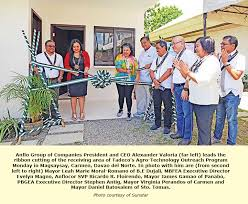 international network services philippines philippines tadeco launches lab services for banana farmers