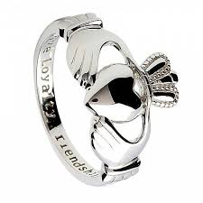 claddagh ring story women s silver claddagh ring celtic rings ltd