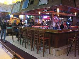 round table bar round table sportsbar lounge north miami bars and clubs