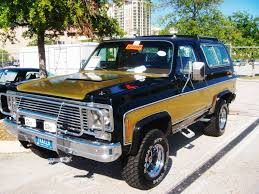Classic Chevy Custom Trucks - pin by sierra g o on awesome cars trucks jeeps motorbikes