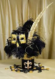 black and gold centerpieces party ideas by mardi gras outlet january 2011