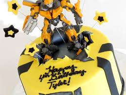 transformers birthday cake transformers bumblebee cake cakecentral