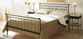 letti e comodini comodini in ferro battuto le migliori idee di design per la casa