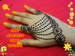 easy diy best and beautiful hand jewellery henna mehndi design
