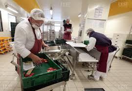 cuisiner la veille pour le lendemain edition de besançon besançon la cuisine municipale et ses 5 500