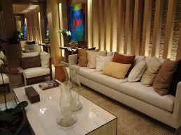 wohnzimmer einrichten brauntne wohnzimmer ledersofa braun haus design ideen