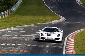 ausmotive porsche 918 spyder at the nà rburgring