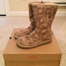 ugg s emalie boot 83 ugg boots ugg boots wilshire signature from andrea s