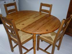 table cuisine pin massif table cuisine pas chere meubles de cuisine blanc pas cher