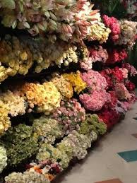 Fake Flowers In Bulk Best 25 Fake Flower Centerpieces Ideas On Pinterest Diy