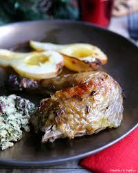 cuisiner un chapon chapon de pintade farci rôti au four et poires