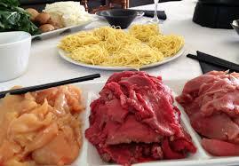 cuisine japonaise facile fondue japonaise à la viande la recette facile par toqués 2 cuisine