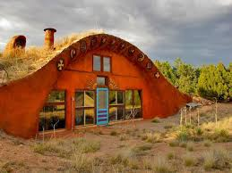 off grid living ideas 21 amazing off the grid houses deserts earthship and house