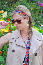 ways to wear short scarf for a more fashionable look how to tie a headscarf 10 brilliant ideas from pinterest more com