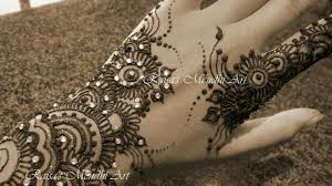 more pictures at http www facebook com raisas mendhi art our
