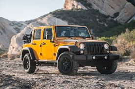 jeep offroad trailer 2014 jeep wrangler unlimited vs 2014 toyota fj cruiser motor trend